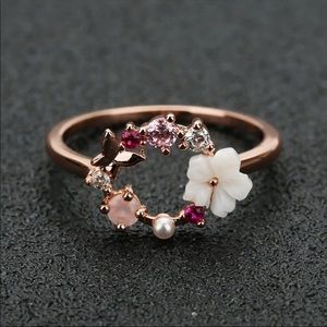 Clearance ❗️Rose gold flower/ butterfly ring